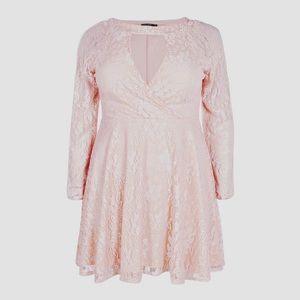 boohoo Sz 14 Plus Lace Skater Dress Blush